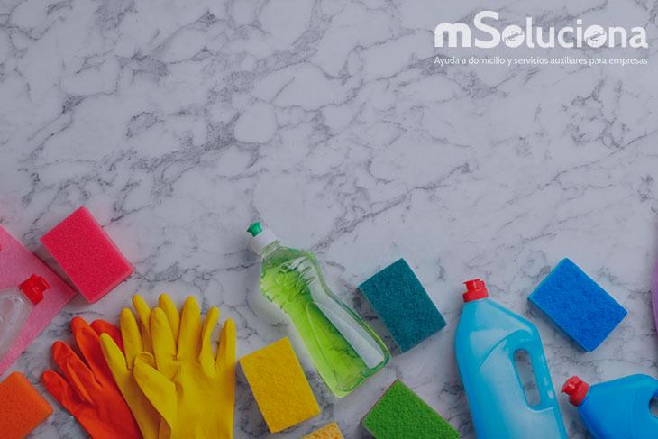 ¿Qué cualidades buscar en una empleada de hogar?